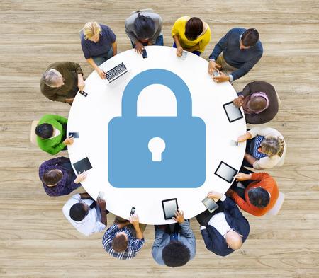 protección: Seguridad de contrase�a Protecci�n de Privacidad Confidencialidad Lock Login Concept