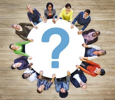 vorschlag: Question Mark FAQ Antwort Informationen Suggestion Hilfe Feedback-Konzept Lizenzfreie Bilder
