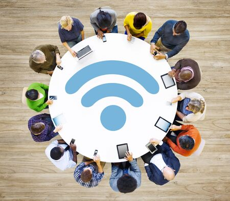 wifi internet: Conexi�n de red inal�mbrica Wi-Fi de Internet Information Communication Concept
