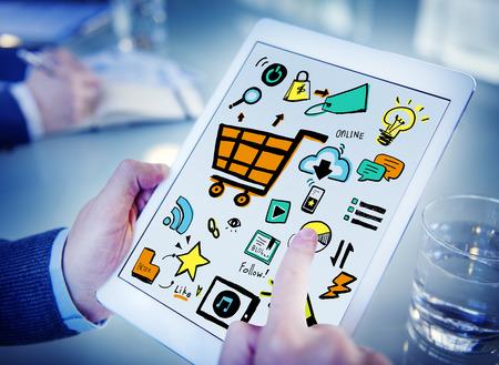 Homme d'affaires en ligne de marketing appareils numériques Concept de travail Banque d'images