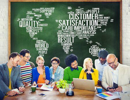 satisfaction client: Concept Satisfaction de la client�le un service de qualit� Fiabilit� Banque d'images