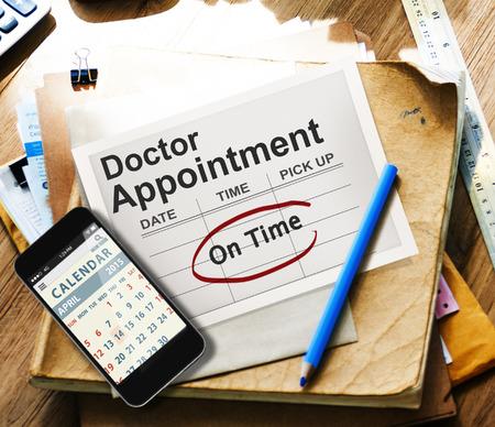 Arzt Terminkalender Meeting Bewerb On Time Concept Standard-Bild
