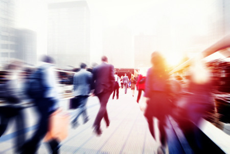 企業都市のコンセプトを通勤ウォーキング ビジネス人々 写真素材