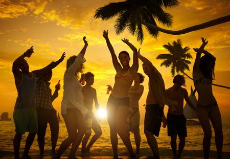Menschen Celebration Beach Party Summer Holiday Urlaub Konzept Standard-Bild - 39452150