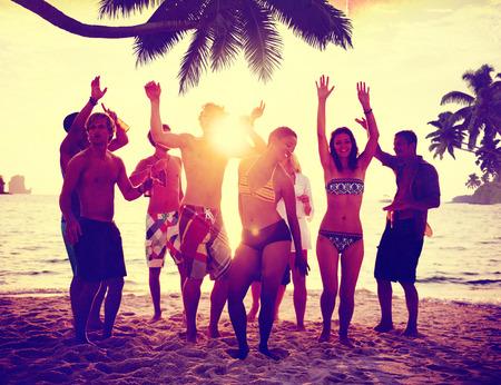 verano: Celebraci�n Beach Party Summer Holiday Vacation Concept