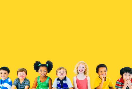 Diversity Children Friendship Innocence Smiling Concept 版權商用圖片