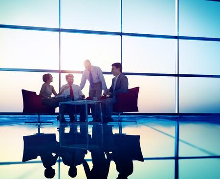 gente reunida: Equipo Negocios Discusión Reunión Concepto Corporativa