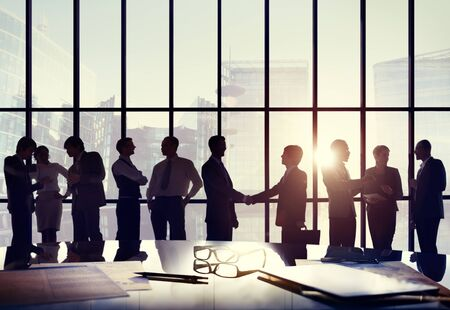 personas saludandose: Business People Connection Interaction Handshake Agreement Greeting Concept