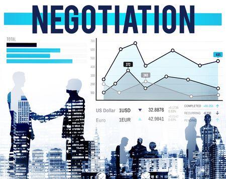 negociacion: Compromiso Beneficio Negociación Contrato Crecimiento Concepto Foto de archivo