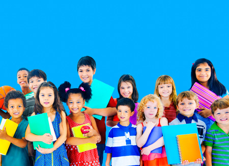 多様性子供の友情無罪概念を笑顔