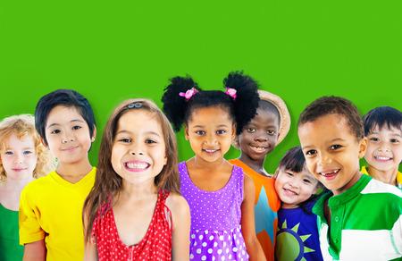 diversidad: Diversidad Ni�os Amistad Inocencia Concepto Sonre�r