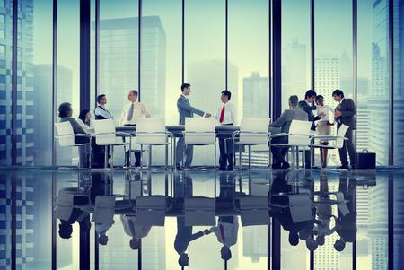 personas saludandose: Profesional Diversidad Gente de negocios coorperate Team Concept