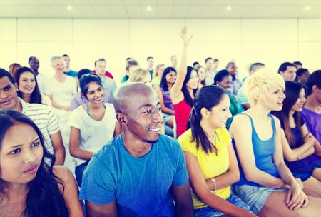 adolescentes estudiando: Seminario Equipo Diversidad Adolescente Formaci�n Concepto de educaci�n Foto de archivo
