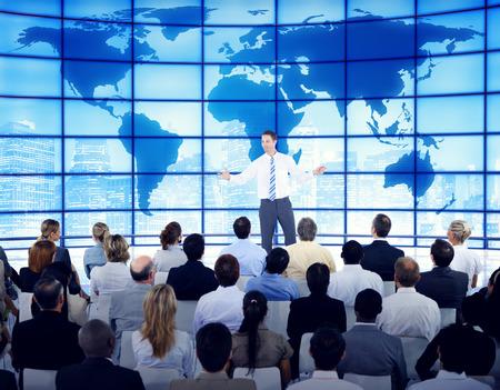 ビジネス人企業のグローバル ビジネス セミナー コンセプト