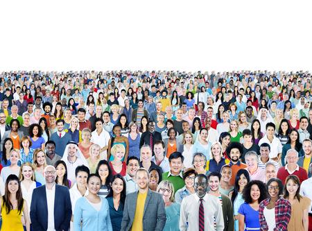 Stor grupp av olika multietniska Glada människor Koncept Stockfoto