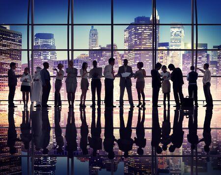 reunion de trabajo: Gente de negocios Reunión de Comunicación Corporativa Concepto de Trabajo Discusión Foto de archivo