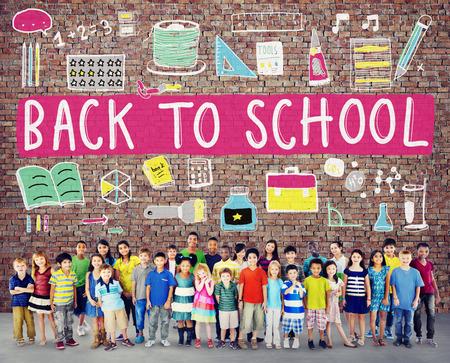 escuelas: Niños Alegre Educación Estudiar Concepto Conocimiento Foto de archivo