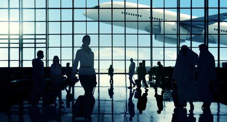 国際空港 Communter 乗客旅行のコンセプト