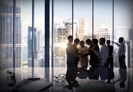 personas saludandose: Gente de negocios Corporate Debate Reunión Team Concept