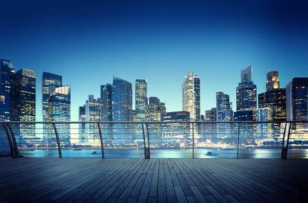都市景観建築建物ビジネス メトロポリス反射概念