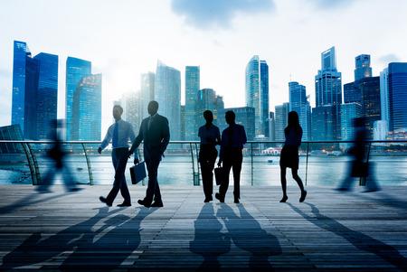 persona caminando: Gente de negocios Commuter City Life Concept Ocupado