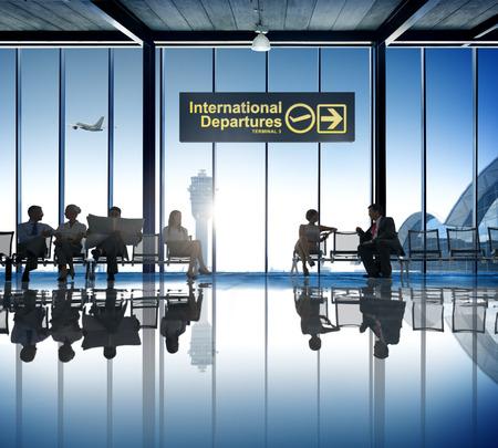 Zaken Mensen Wachten Airport Business Trip Vakantiebestemmingen Stockfoto