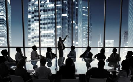 비즈니스 사람들이 회의 회의 스피커 프리젠 테이션 개념 스톡 콘텐츠