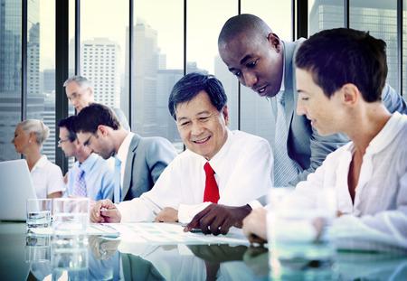 administrative: Gente de negocios Diversidad Equipo Corporativo de Comunicaci�n Concepto Foto de archivo