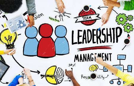 liderazgo: Diversidad Gestión Liderazgo Comunicación Reunión del Equipo Concepto Foto de archivo