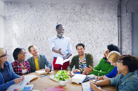 reuniones empresariales: Gente de negocios equipo de trabajo en equipo Cooperación, Oficio Concept
