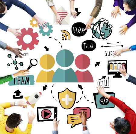 grupos de personas: Equipo Compartir de Trust de Ayuda Trabajo en equipo Unión Concept Foto de archivo