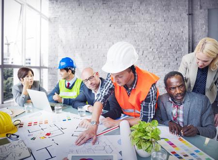 mujer trabajadora: Ingeniero Arquitecto Trabajo Reuni�n Oficina de Planificaci�n Design Concept Foto de archivo