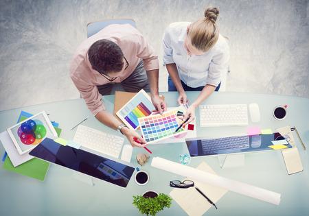 pensamiento creativo: Lluvia de ideas Asociación de Planificación Estrategia de estación de trabajo de negocios Adminstratation Concept