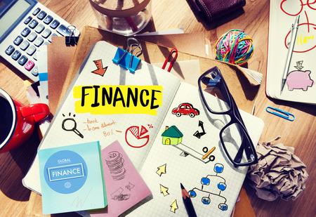 concepto equilibrio: Finanzas Contabilidad Adhesivo Nota Banca Econ�mico Business Concept