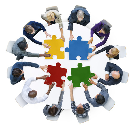 비즈니스 사람들이 연결 기업 지그 소 퍼즐 개념 스톡 콘텐츠