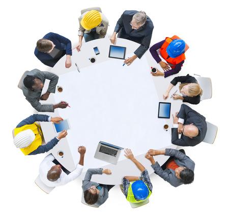 Groupe diversité des gens Brainstorming Réunion Idées Concept