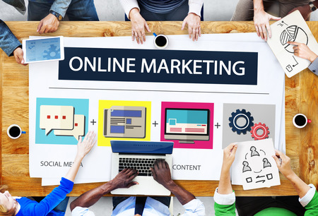 Online Marketing Business Content Strategy Target Concept Banco de Imagens