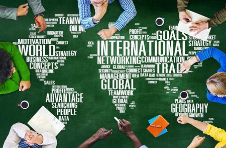 INTERNATIONAL BUSINESS: Globalización Internacional Red Global Mundial Concepto Internacional Foto de archivo
