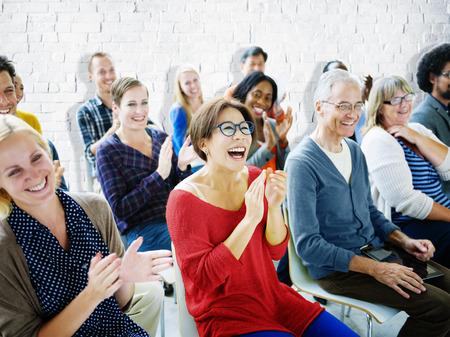 Etniciteit Publiek Menigte Seminar Vrolijke Gemeenschap Concept