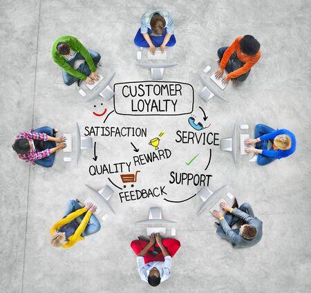 mision: Satisfacci�n lealtad del cliente Apoyo Estrategia Concepto Foto de archivo