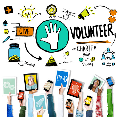 manos levantadas: Voluntario Caridad Ayuda Compartiendo Dar Donar Ayudar Concepto