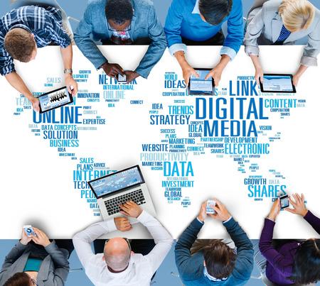디지털 미디어 온라인 소셜 네트워킹 통신 개념