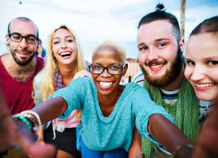 amistad: Beach Party Felicidad Cena Amistad Concepto verano