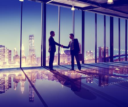 ビジネス人々 手を振るオフィス都市のコンセプト 写真素材 - 41873815
