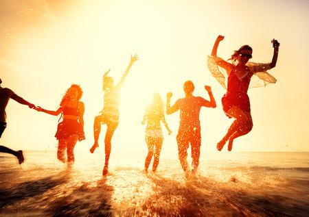 友情自由ビーチ夏休みコンセプト