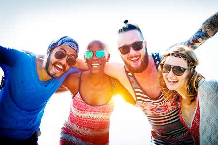riendo: Amistad Vinculación Relajación Summer Beach Felicidad