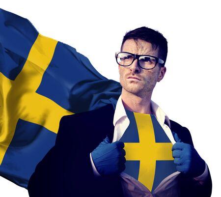 bandera suecia: Hombre de negocios del super h�roe Pa�s Suecia Bandera Cultura Poder Concepto Foto de archivo