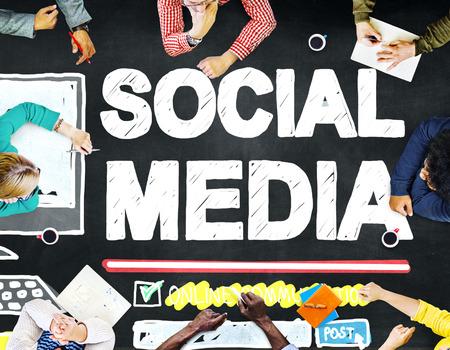 trabajo social: Tecnología Redes sociales Social Media Concept Conexión Foto de archivo