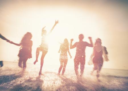 우정 자유 해변 여름 휴가 개념 스톡 콘텐츠