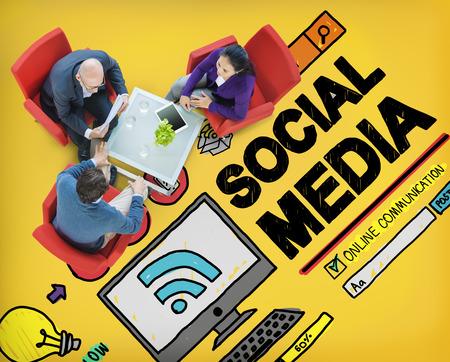 interaccion social: Tecnología Redes sociales Social Media Concept Conexión Foto de archivo
